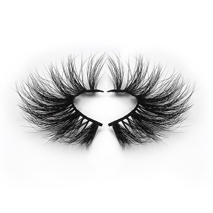 Halloween exclusive lashes