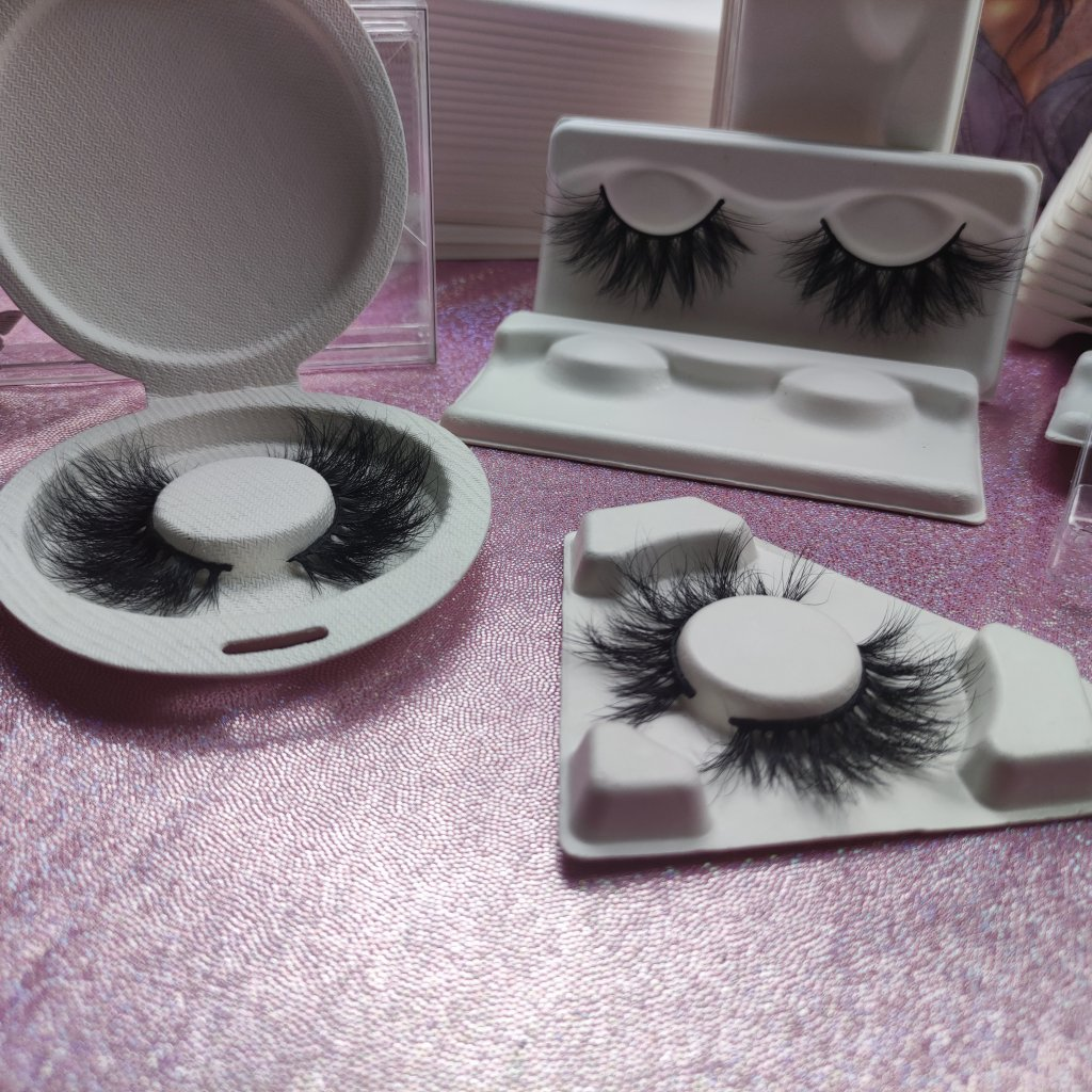 high-end lashes and lash accessories