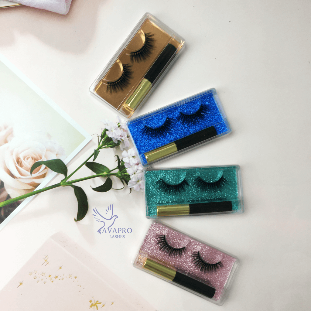 magnetic eyelashes with gel liner simple and practical packaging  bottom cards in different colors